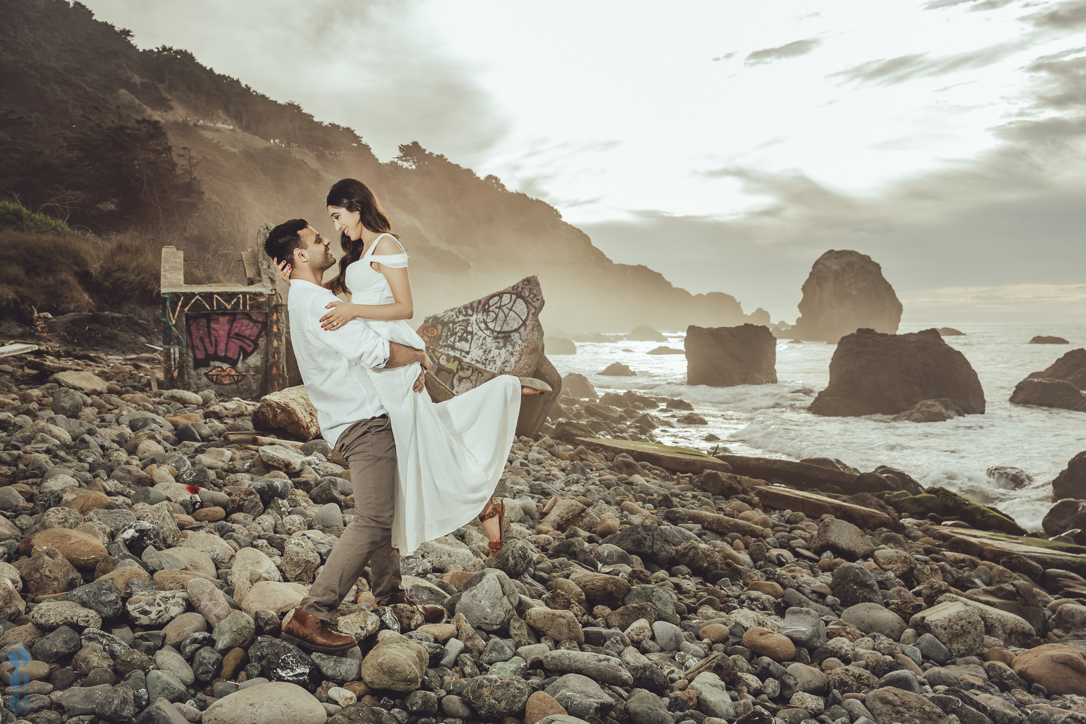 Romantic San Francisco engagement photography on the beach with Sahil & Natasha.