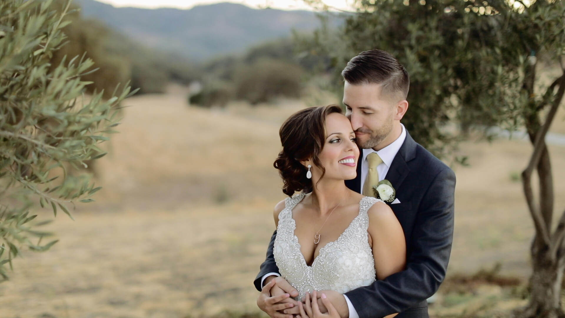 Sacramento California Wedding by Award Winning Wedding Studio Aperina Studios
