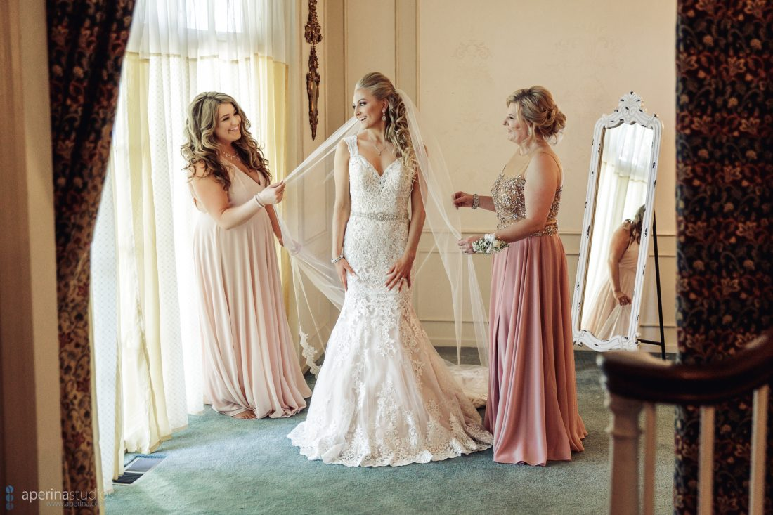 Grace Vineyards Winery Wedding Photos - bride prep with mother
