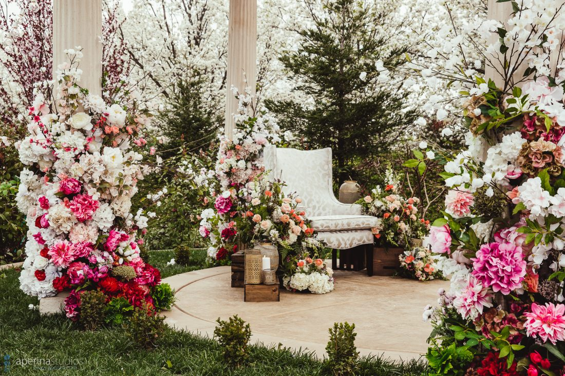 Outdoor Wedding Decorations - Decorated Gazebo for chunni ceremony