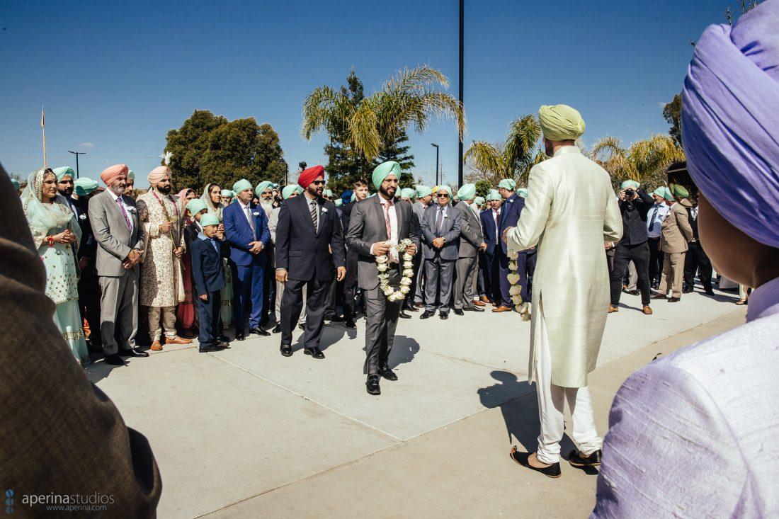 Milni at an Indian Wedding - Sikh Wedding Photographer