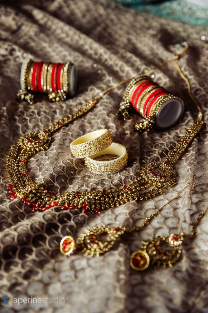 Indian wedding photography - Bride wedding day gold jewelry.